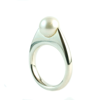 Pearl, 2011, 925 silver, pearl