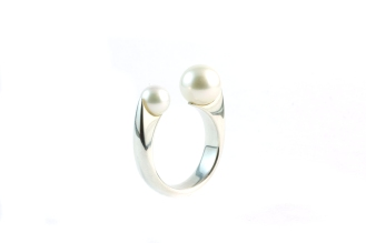 Pearl 3, 2011, 925 silver, pearls