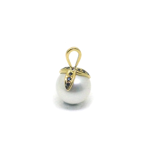 Family, 2017, 18ct yellow gold, black diamonds, South Sea pearl