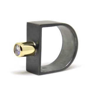 Art For An Artist, 2013, diamond, 9kt yellow gold, black rhodium-plated silver