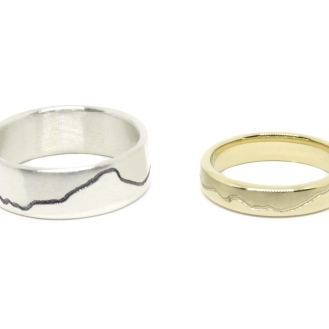 'Love Is The Waves Making Lines In The Sand', 2018, 14kt yellow gold, 925 silver.